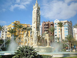 Platz Luceros in Alicante an der Costa Blanca